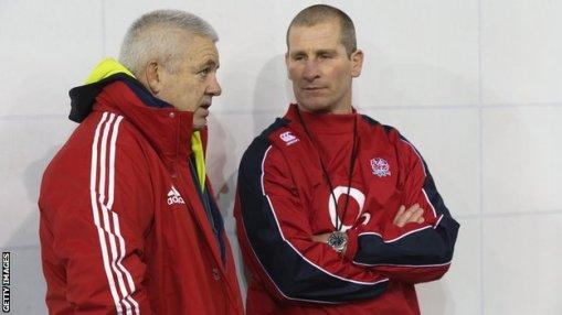 Gatland y Lancaster, en una imagen de ambos en los vestuarios antes de un enfrentamiento en el 6 Naciones: el partido de este sábado puede definir sus carreras como seleccionadores.