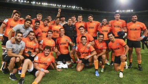 Los Jaguares festejan la histórica y vibrante remontada para ganar a los Cheetahs en su debut en el Super Rugby.